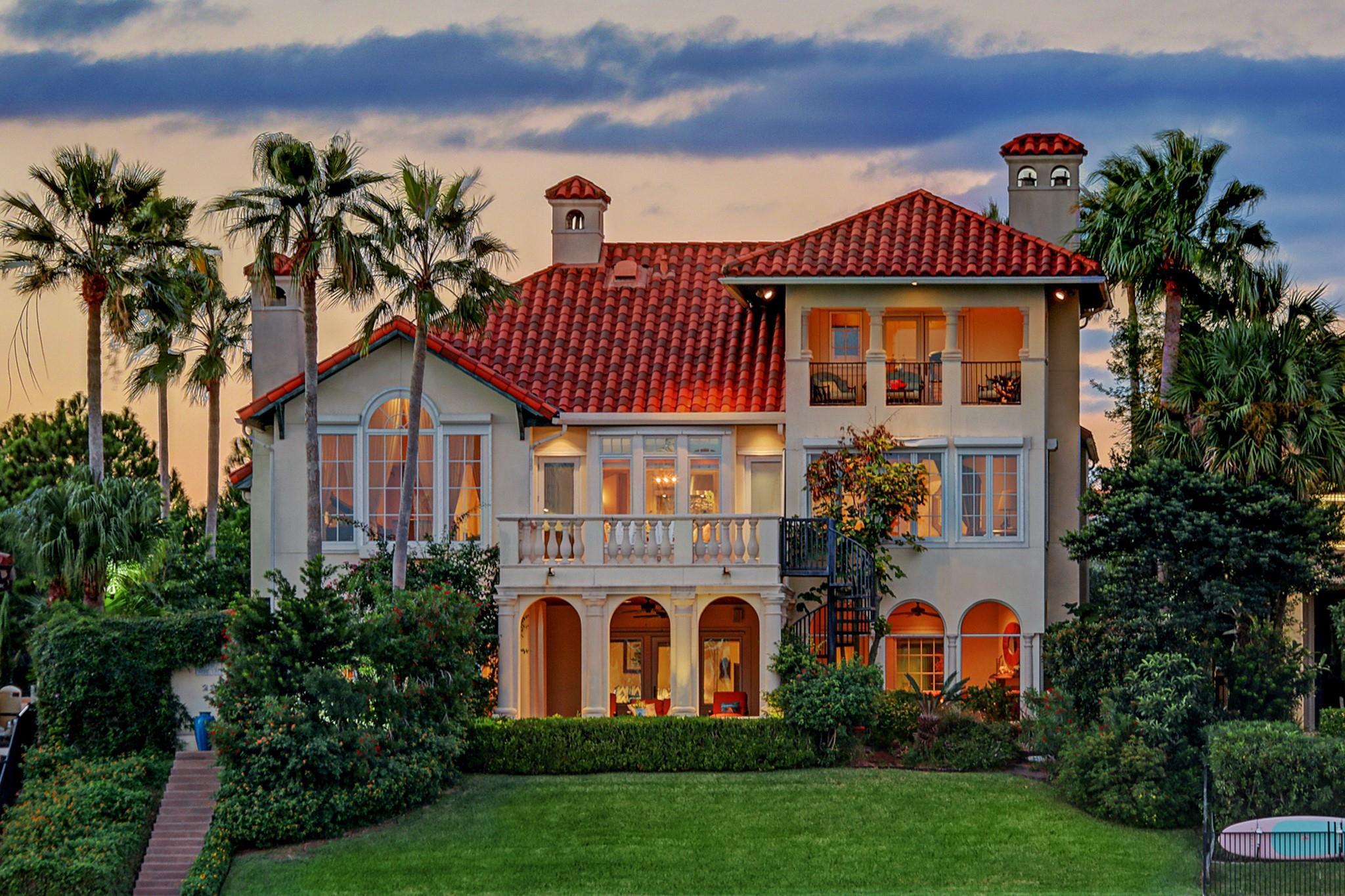 23 Waterford Oaks Lane Property Photo - Kemah, TX real estate listing