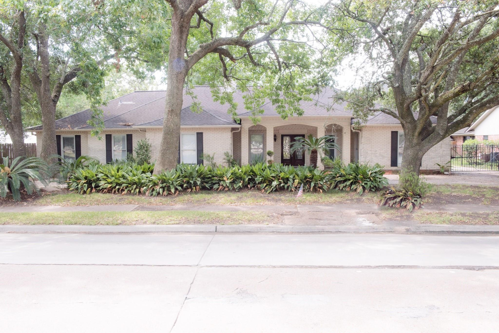 5303 S Braeswood Boulevard Property Photo 1