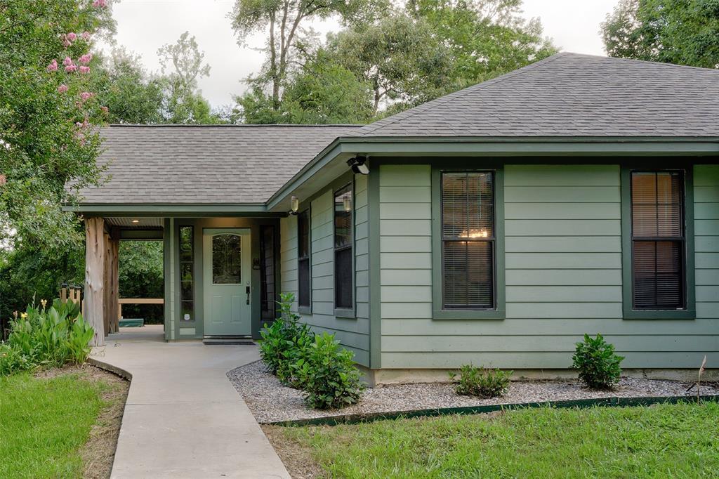 12104 Huckleberry Drive, Plantersville, TX 77363 - Plantersville, TX real estate listing