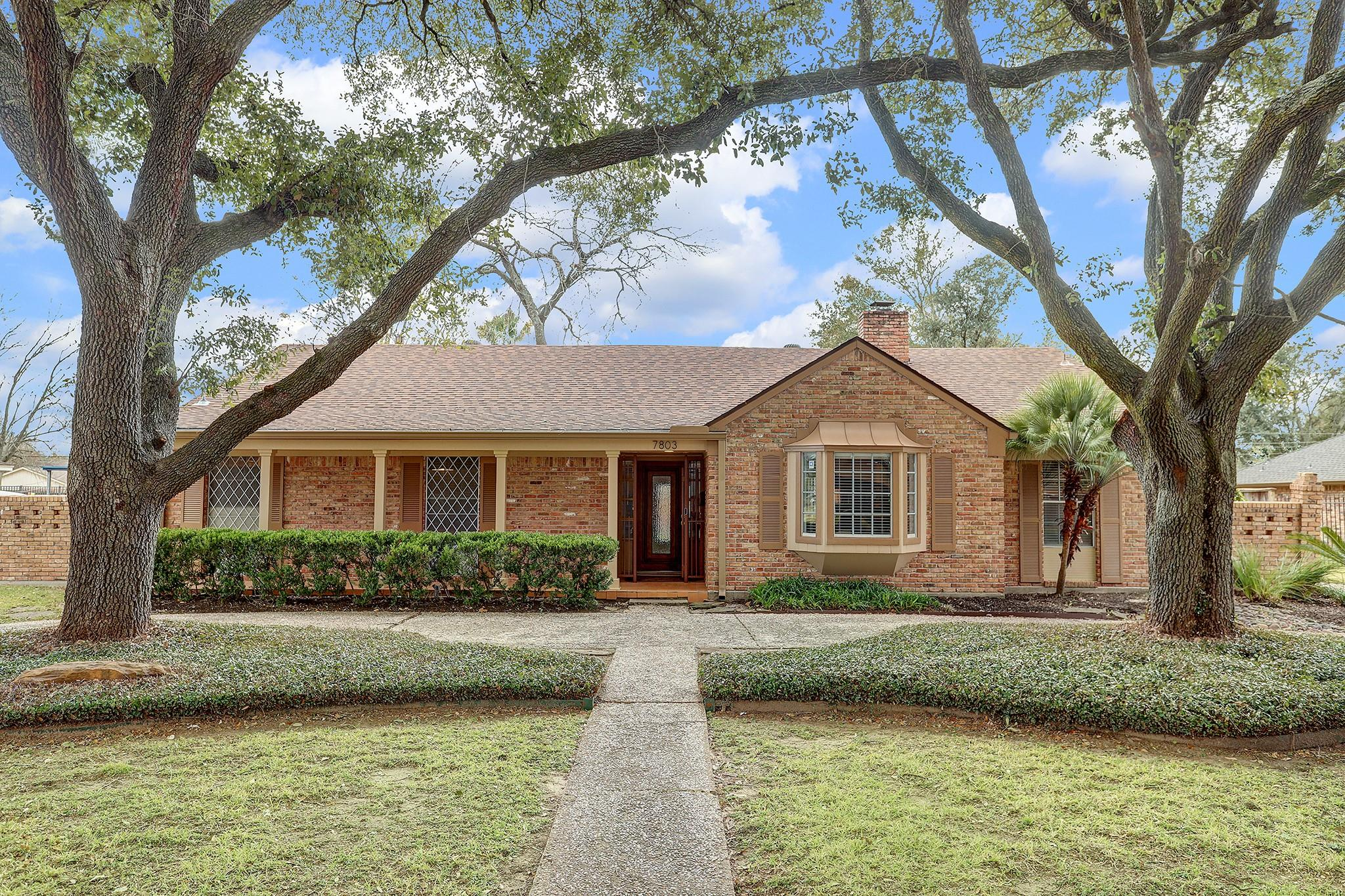 7803 Dashwood Drive Property Photo - Houston, TX real estate listing