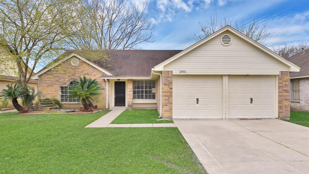 11915 GUADALUPE RIVER Drive, Houston, TX 77067 - Houston, TX real estate listing