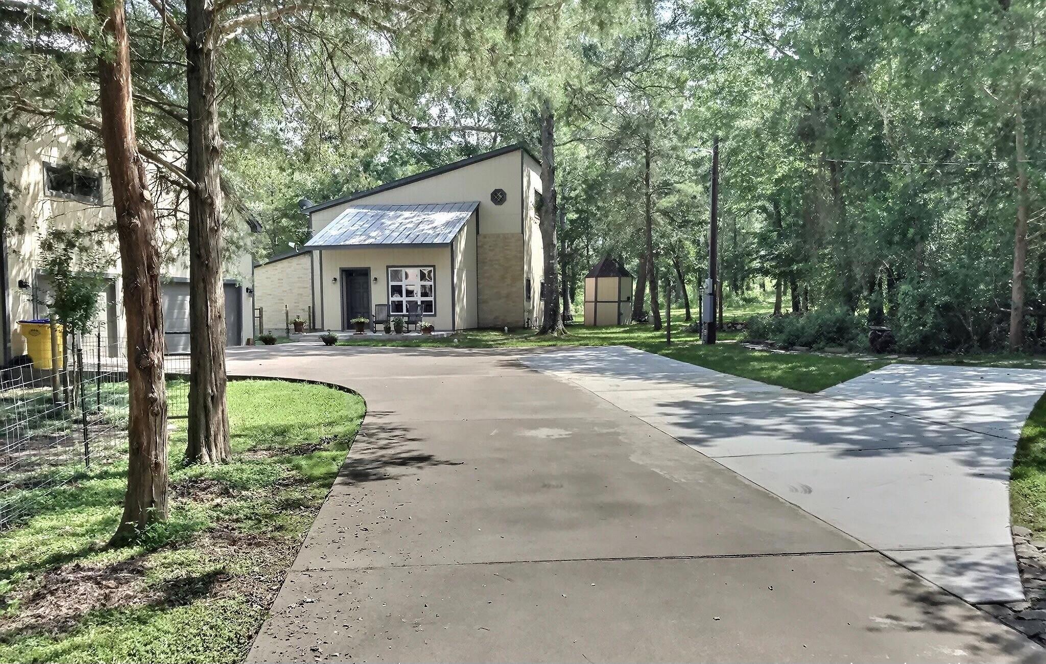 582 Mustang Lane Property Photo 1