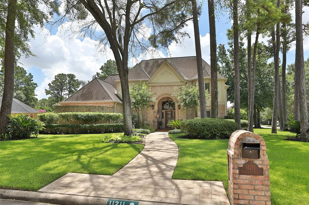 11211 Carstairs Drive Property Photo - Houston, TX real estate listing