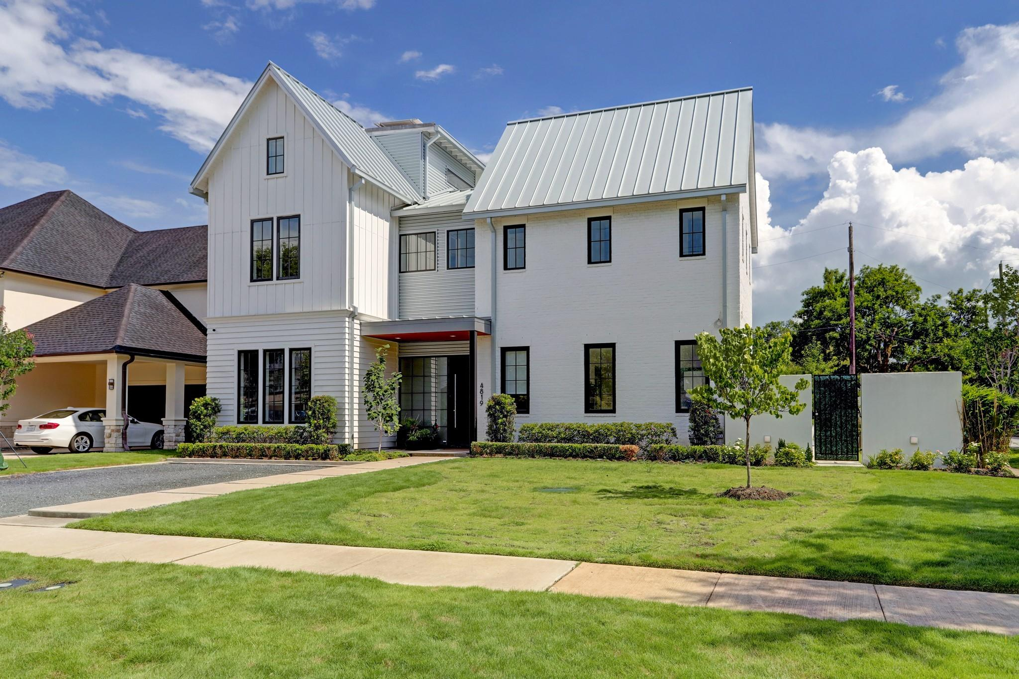 4819 Saxon Street Property Photo 1