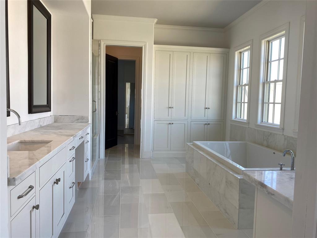 Alexandra Grove Real Estate Listings Main Image