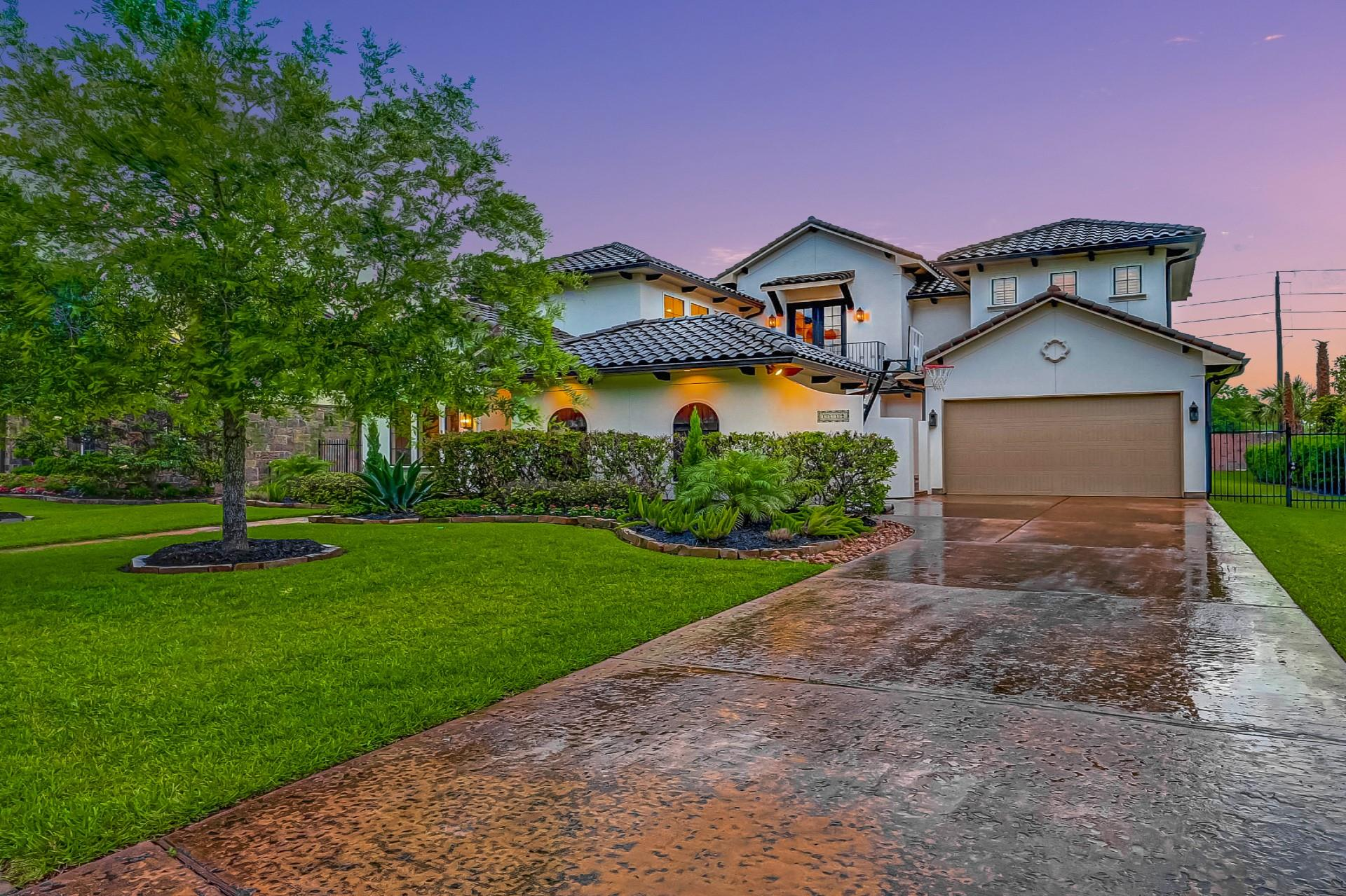 1119 Grand Estates Drive Property Photo 1