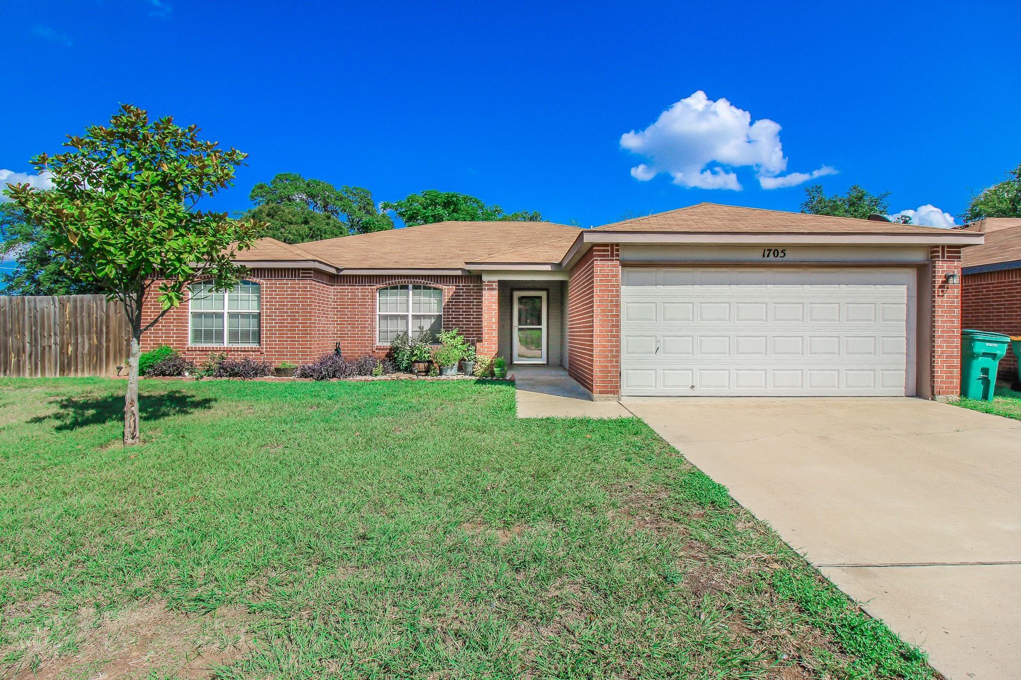 1705 Liberty Hill Drive Property Photo - Belton, TX real estate listing