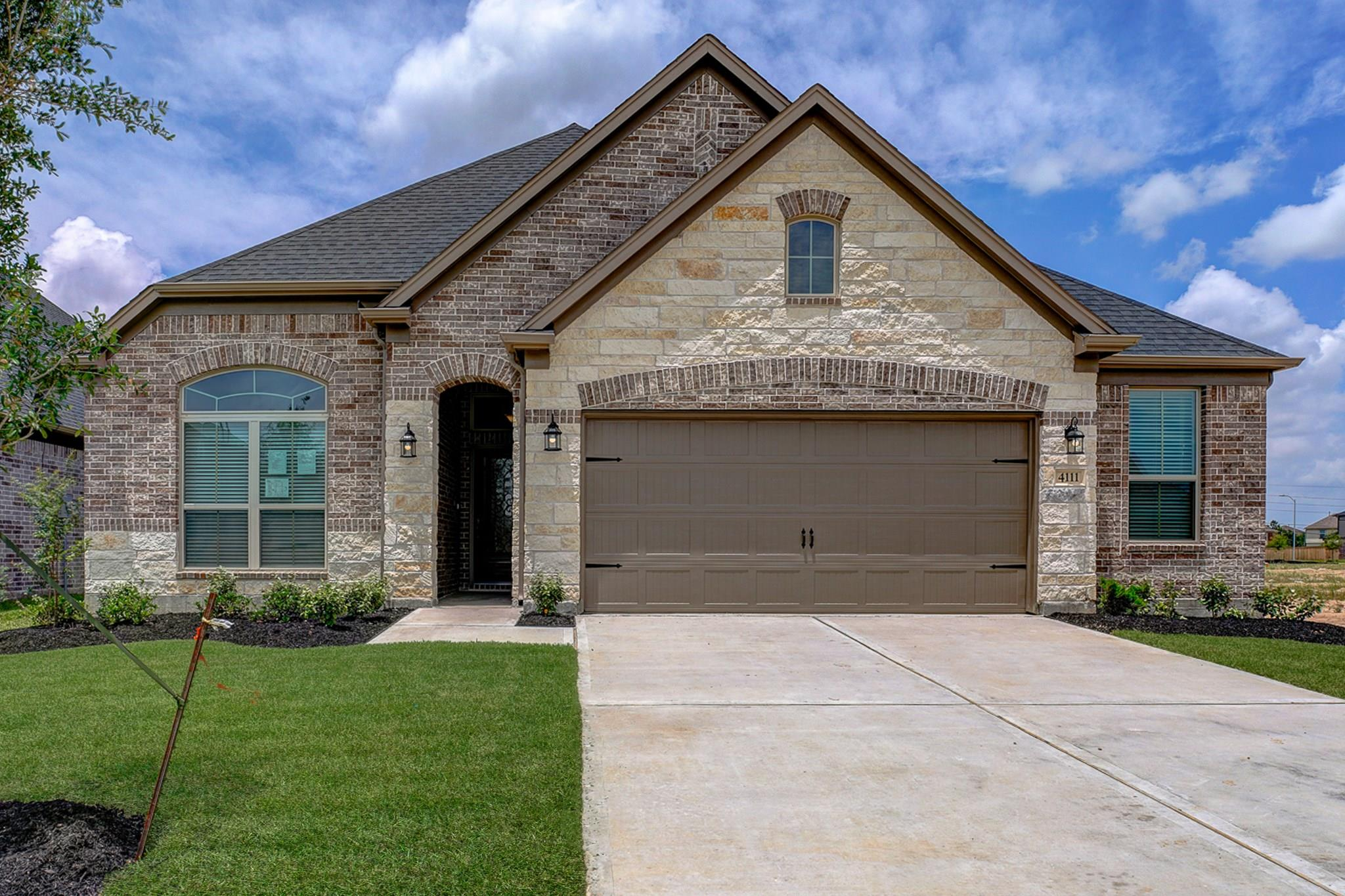 4111 Browns Forest Drive Property Photo - Houston, TX real estate listing