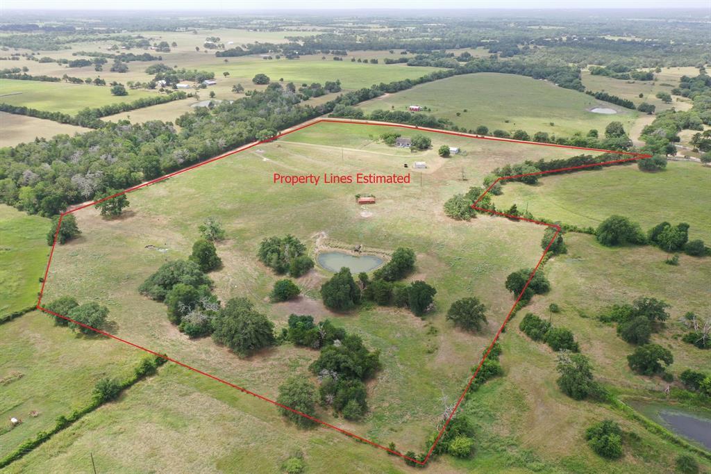 8039 Henniger Lane Property Photo - Fayetteville, TX real estate listing