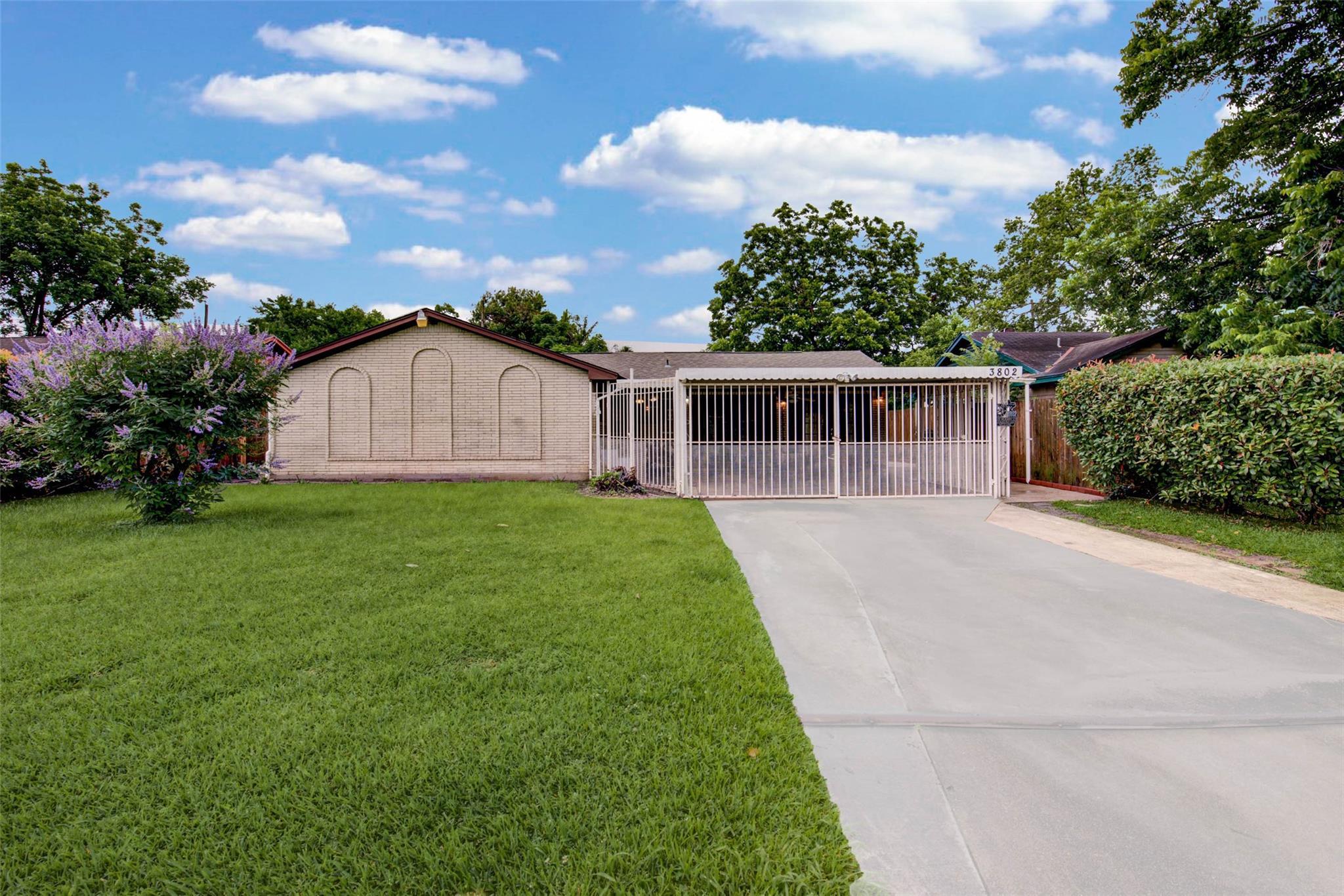 3802 Pear Meadow Lane Property Photo