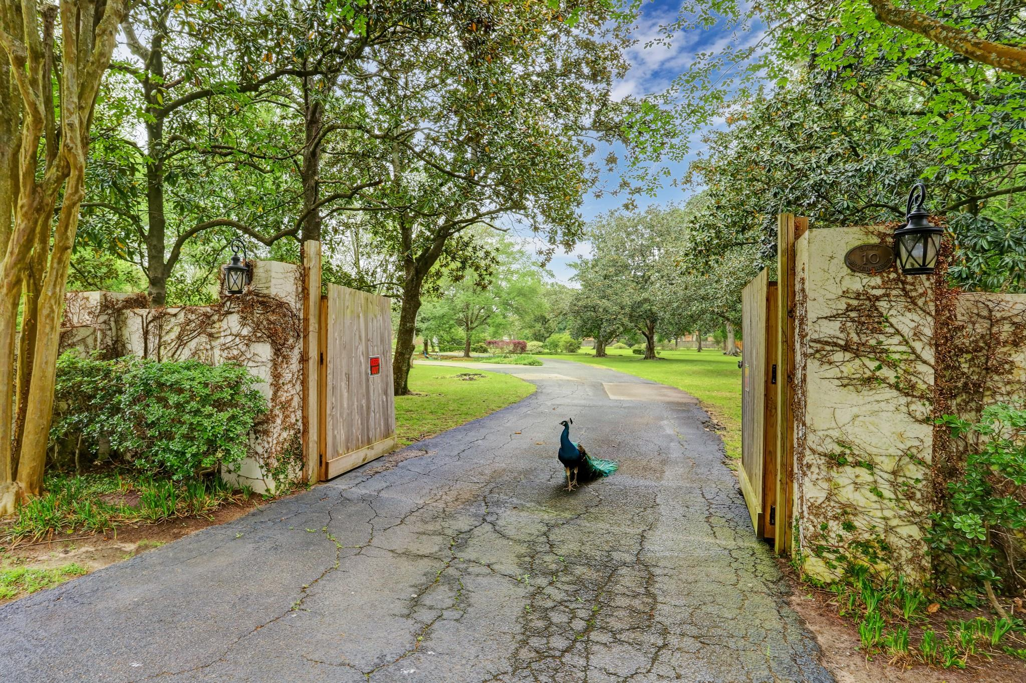 10 E Rivercrest Drive Property Photo
