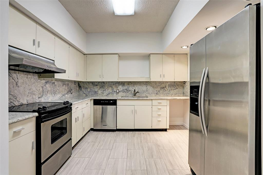 14 Greenway Plaza Property Photo - Houston, TX real estate listing