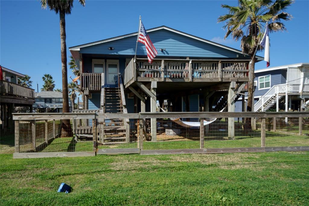 607 Sea Shell Drive, Surfside Beach, TX 77541 - Surfside Beach, TX real estate listing