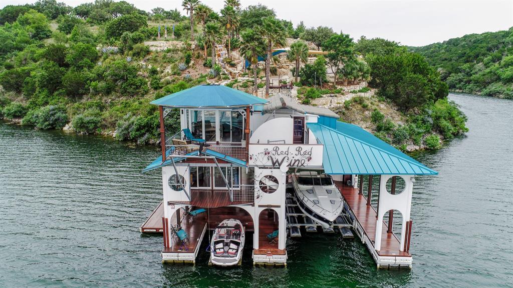 4801 Mira Lago Drive Property Photo