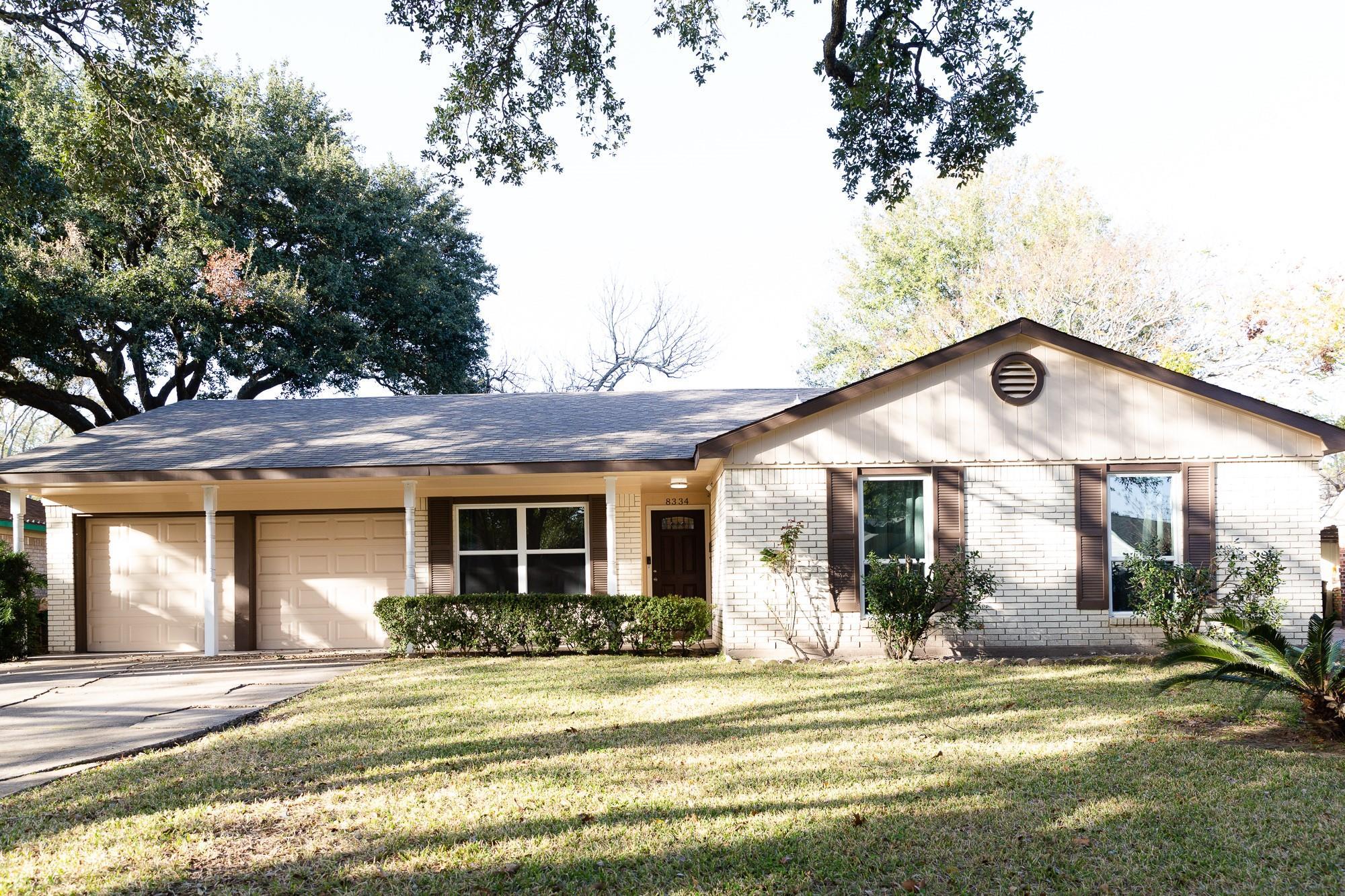 8334 Sharpcrest Street Property Photo - Houston, TX real estate listing