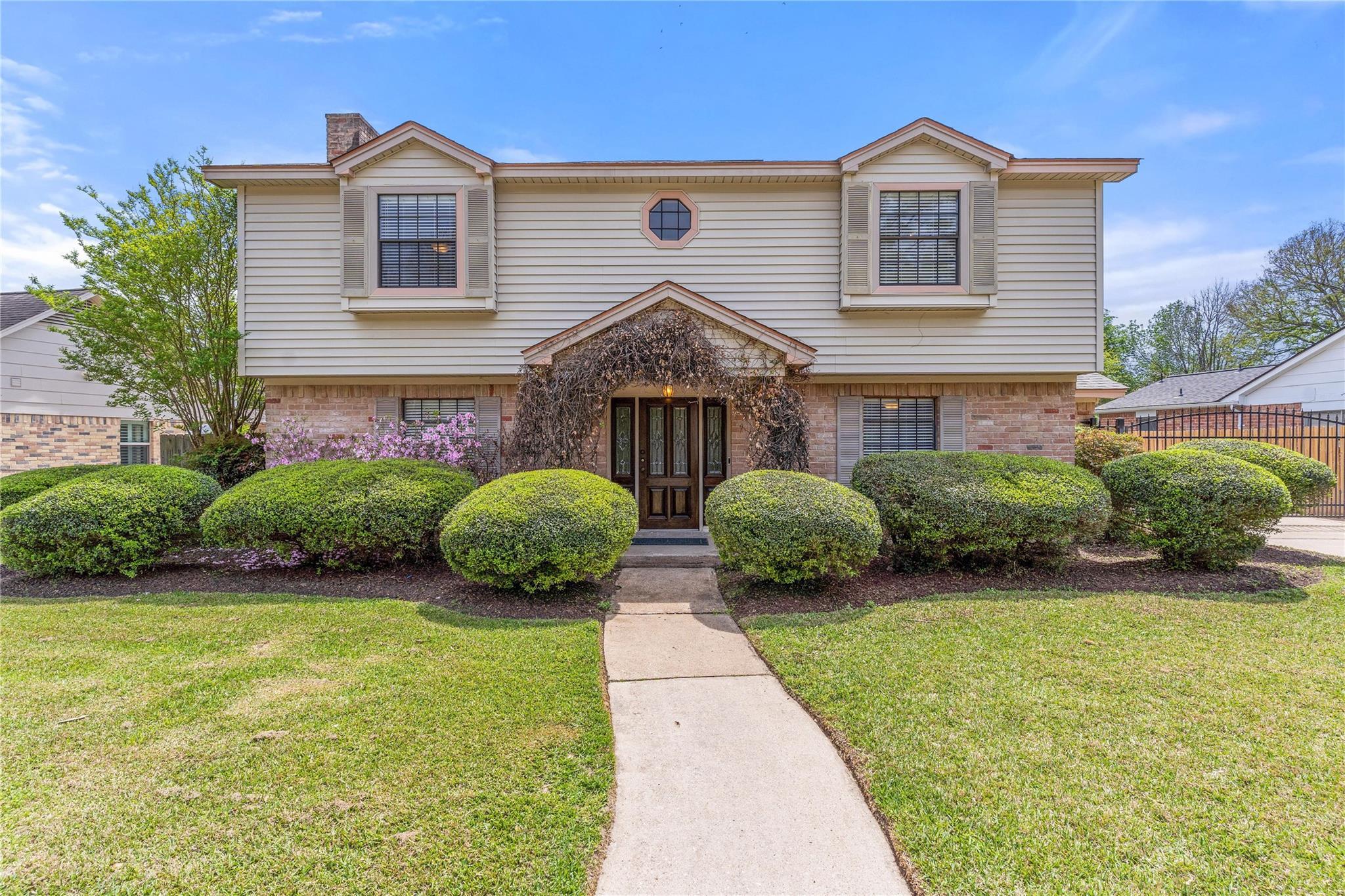16109 Crawford Street Property Photo - Jersey Village, TX real estate listing