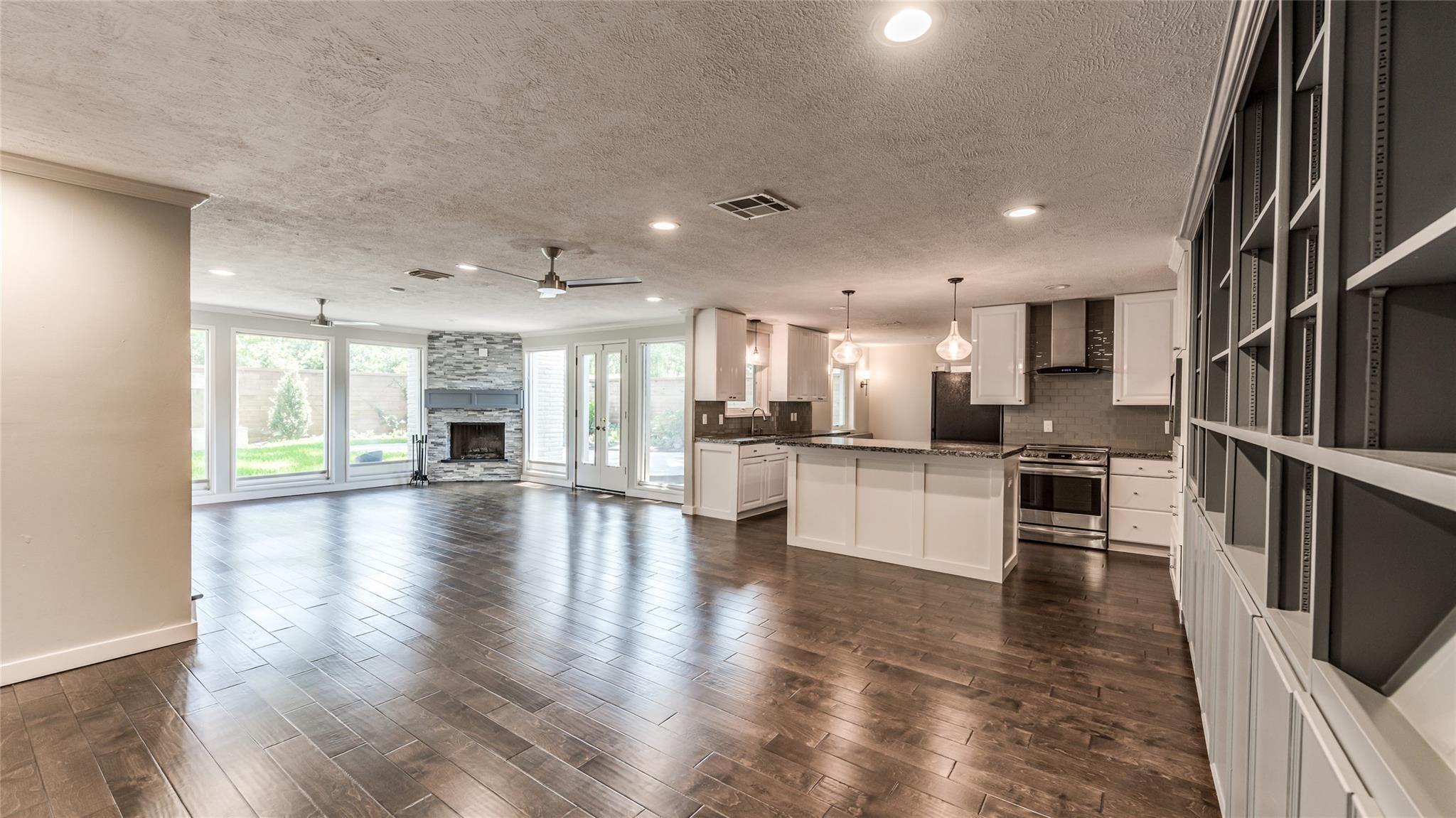 5435 Darnell Street Property Photo 1