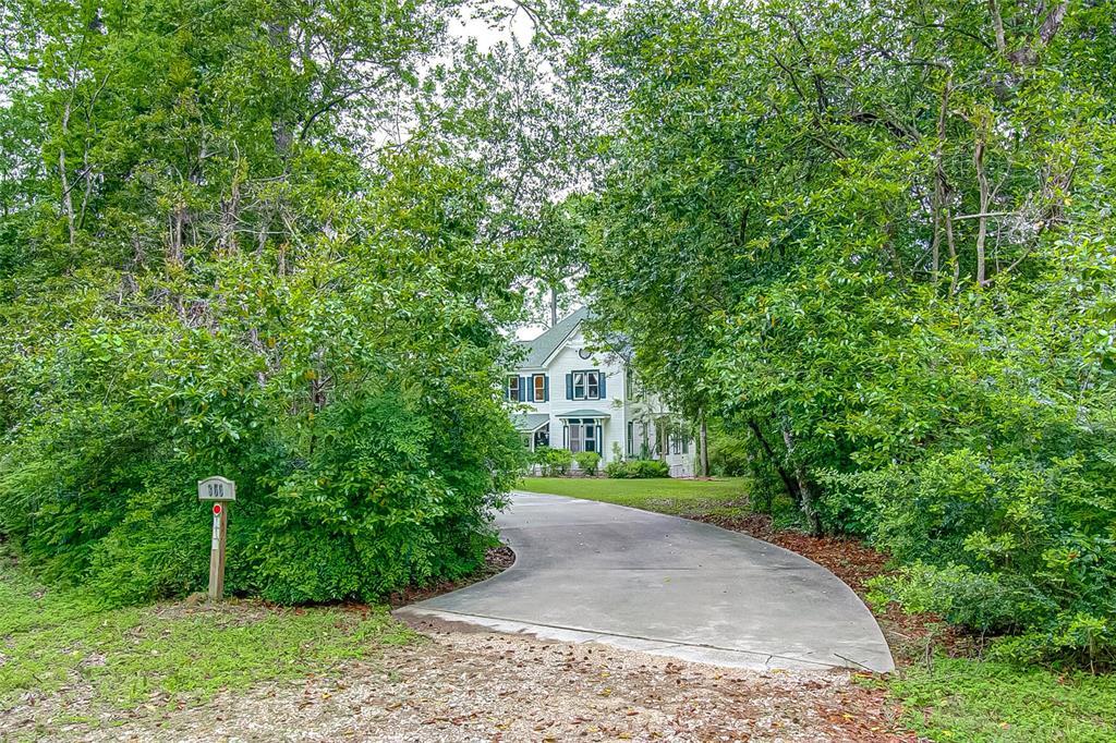 355 Linwood Property Photo - Conroe, TX real estate listing
