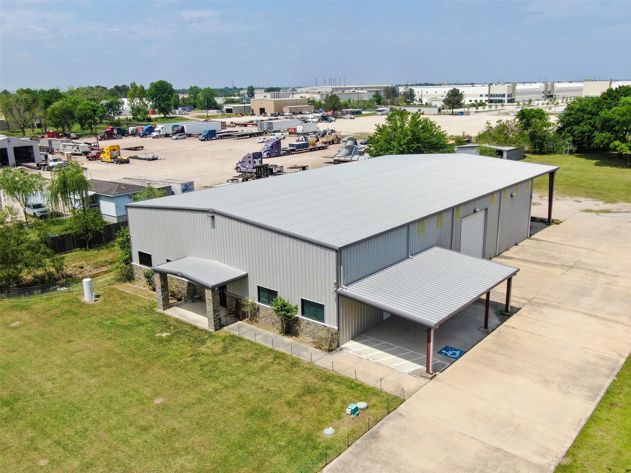 8904 Taub Road Property Photo - Houston, TX real estate listing