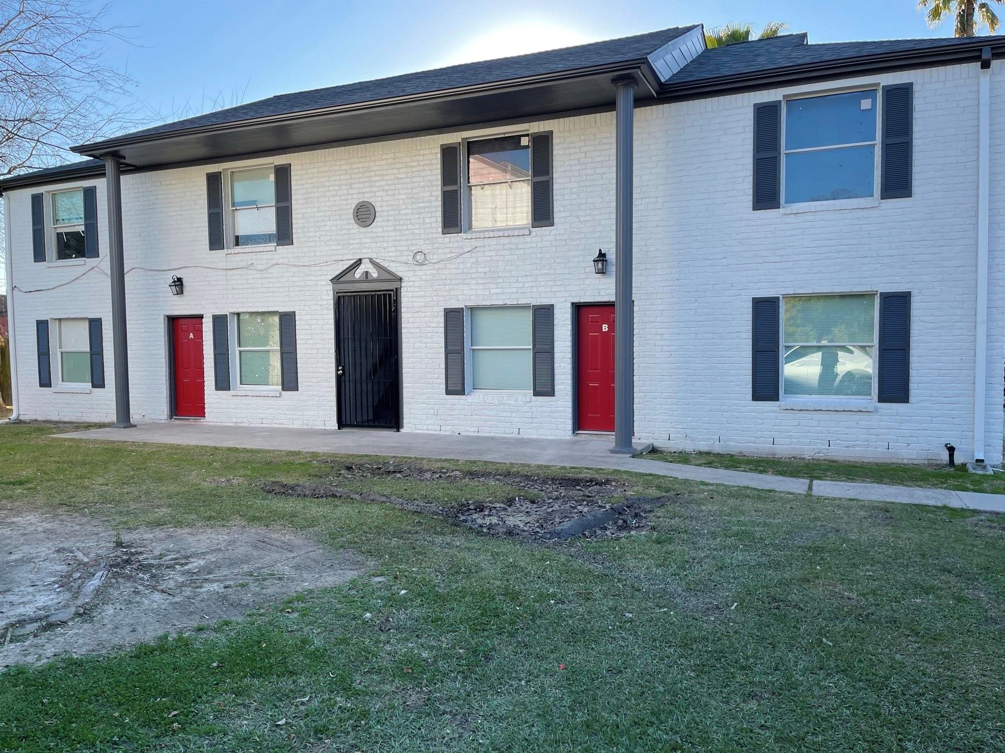 709 Barren Springs Drive #abcd Property Photo