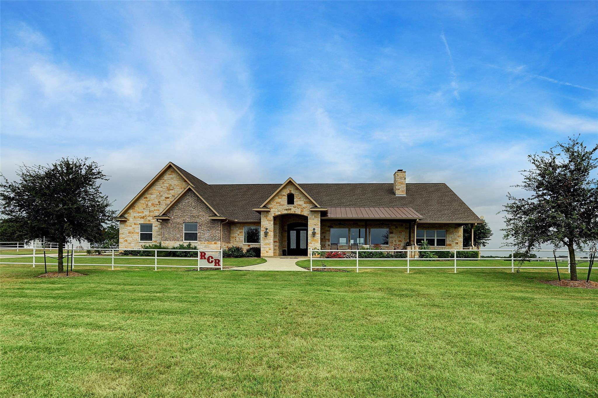 1469 Kiemsteadt Road Property Photo - Chappell Hill, TX real estate listing