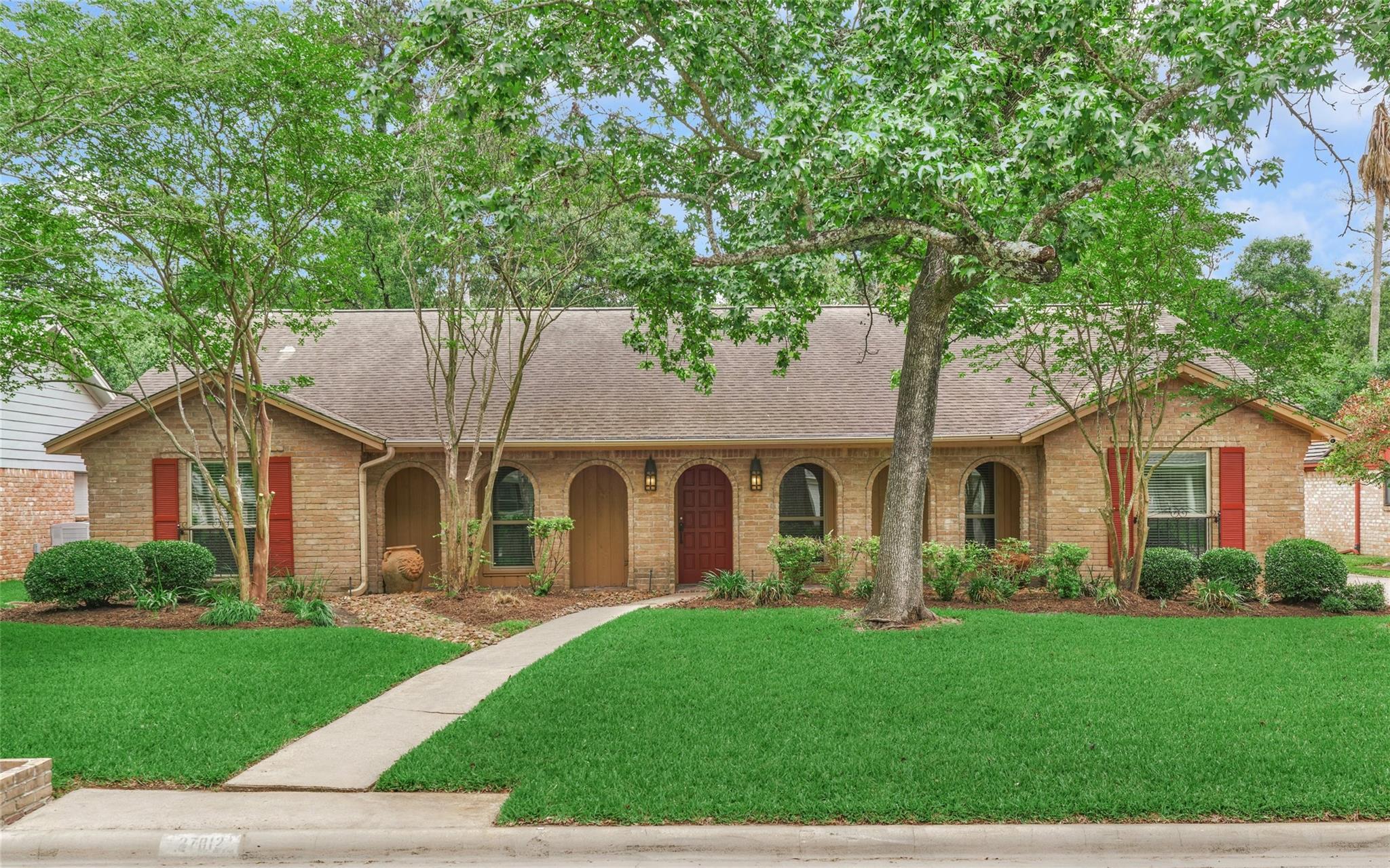 Oak Ridge North Real Estate Listings Main Image