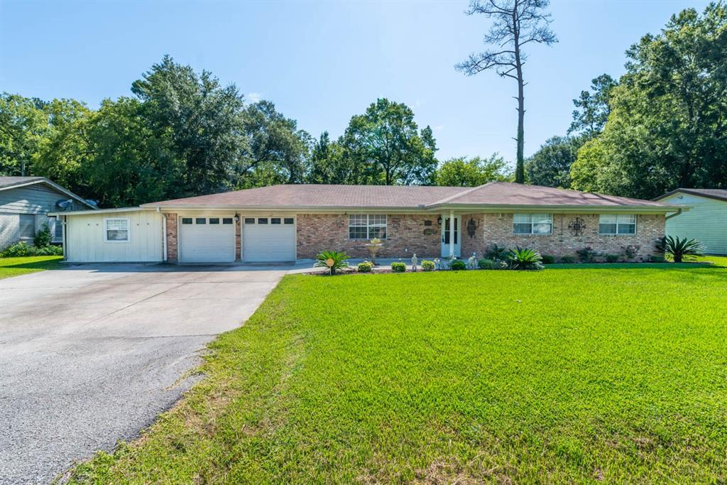 325 Armstrong Drive Property Photo - Beaumont, TX real estate listing