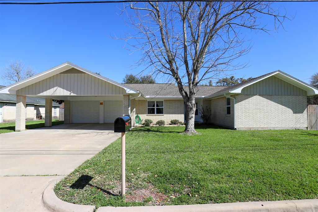 206 Keuper Avenue Property Photo - Schulenburg, TX real estate listing