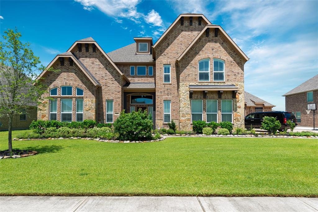 3811 Cypress Point Drive, Mont Belvieu, TX 77523 - Mont Belvieu, TX real estate listing