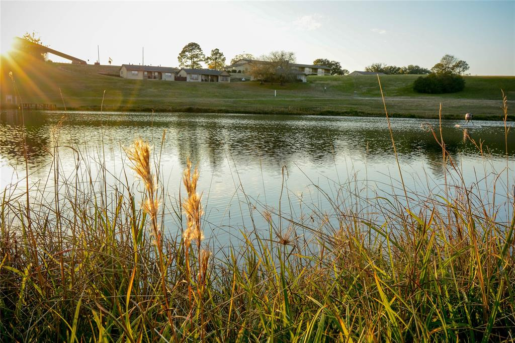 27 Lakeview Drive Property Photo - Hilltop Lakes, TX real estate listing