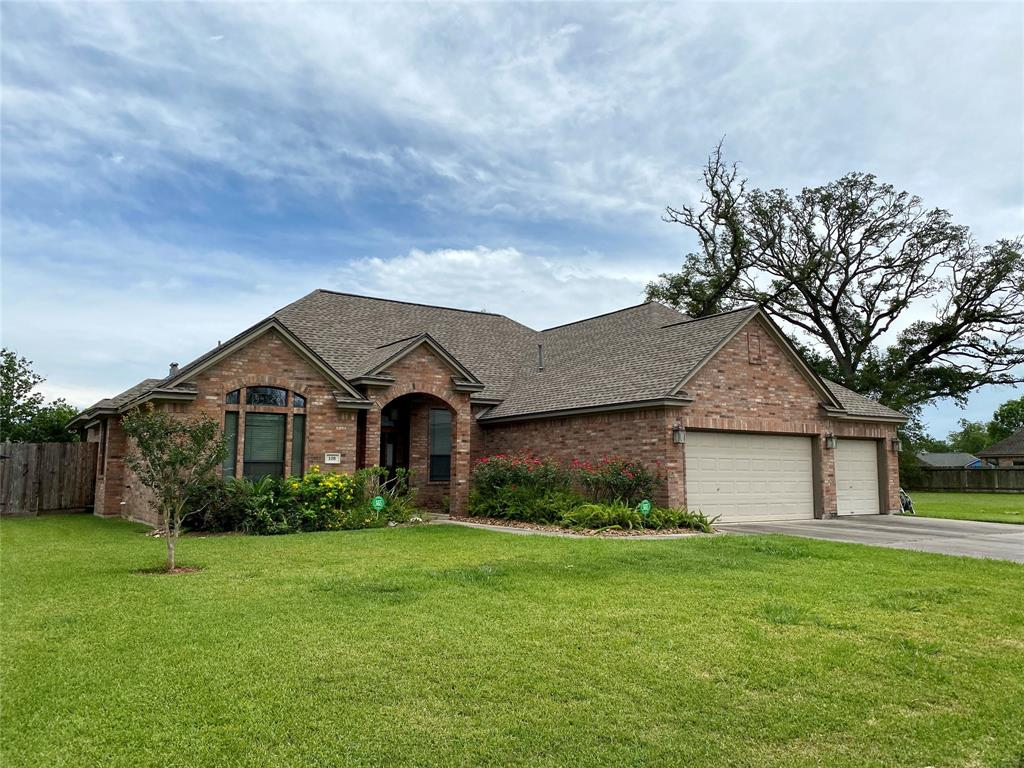108 Mallard Drive Property Photo - Clute, TX real estate listing