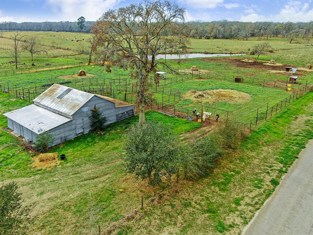 29577 Howell Road Property Photo - Waller, TX real estate listing