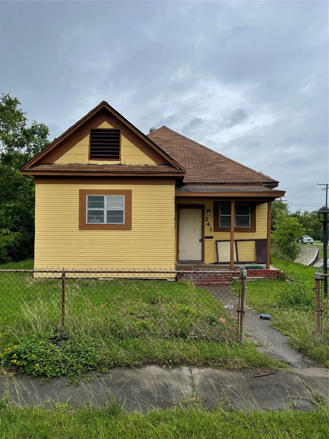 241 8th Street Property Photo