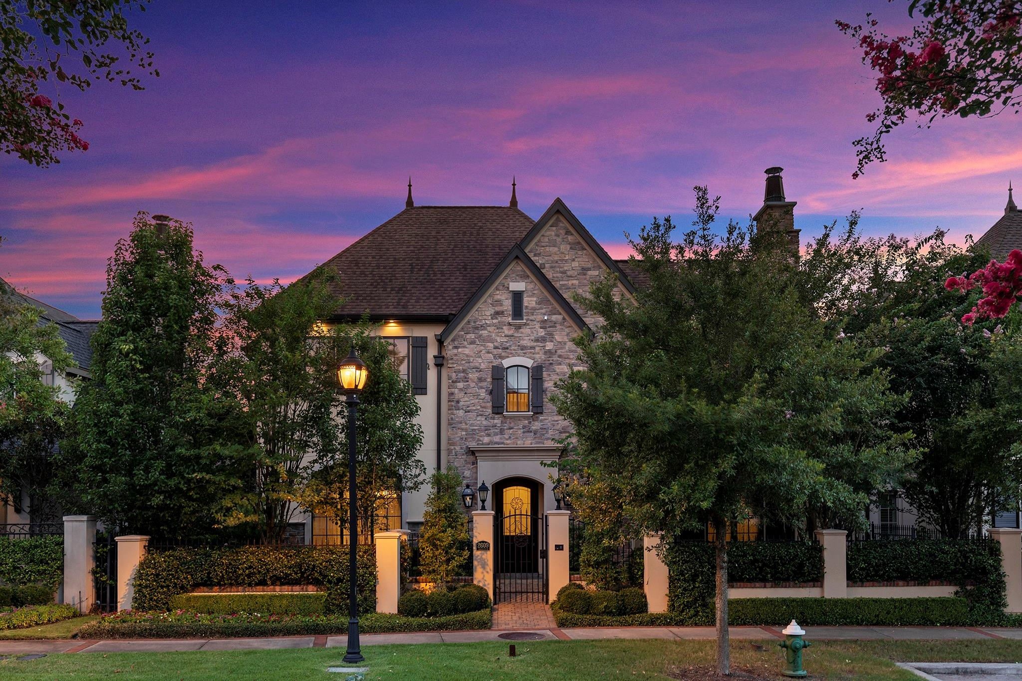 2609 Timberloch Place Property Photo - The Woodlands, TX real estate listing