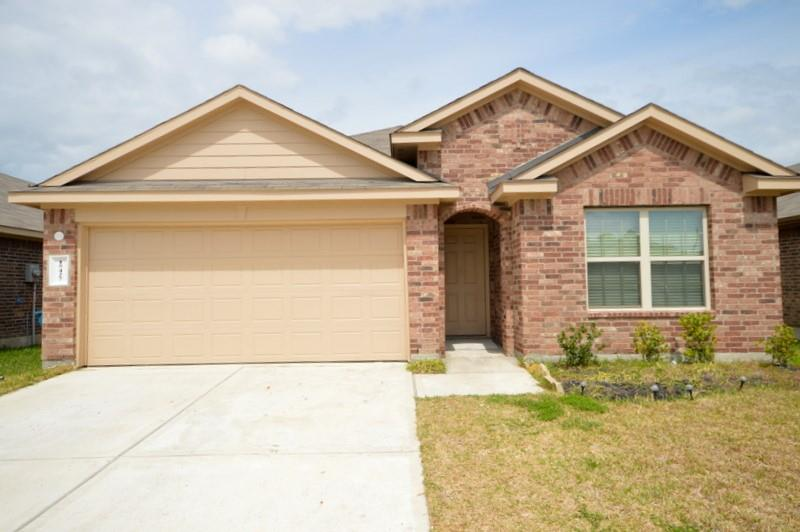 15427 Lost Lariat Court Property Photo - Channelview, TX real estate listing
