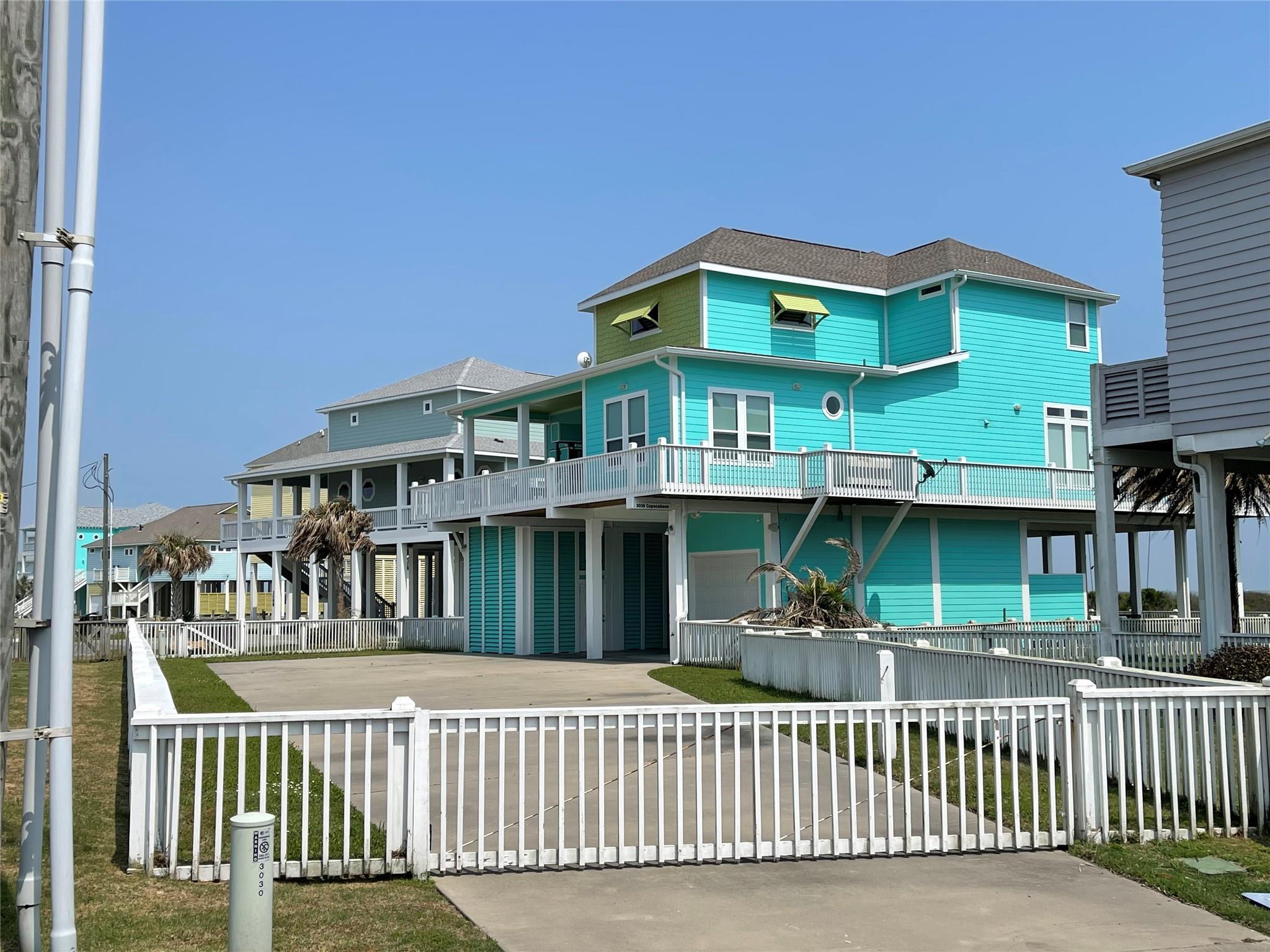 3036 Copacabana Drive Property Photo - Crystal Beach, TX real estate listing