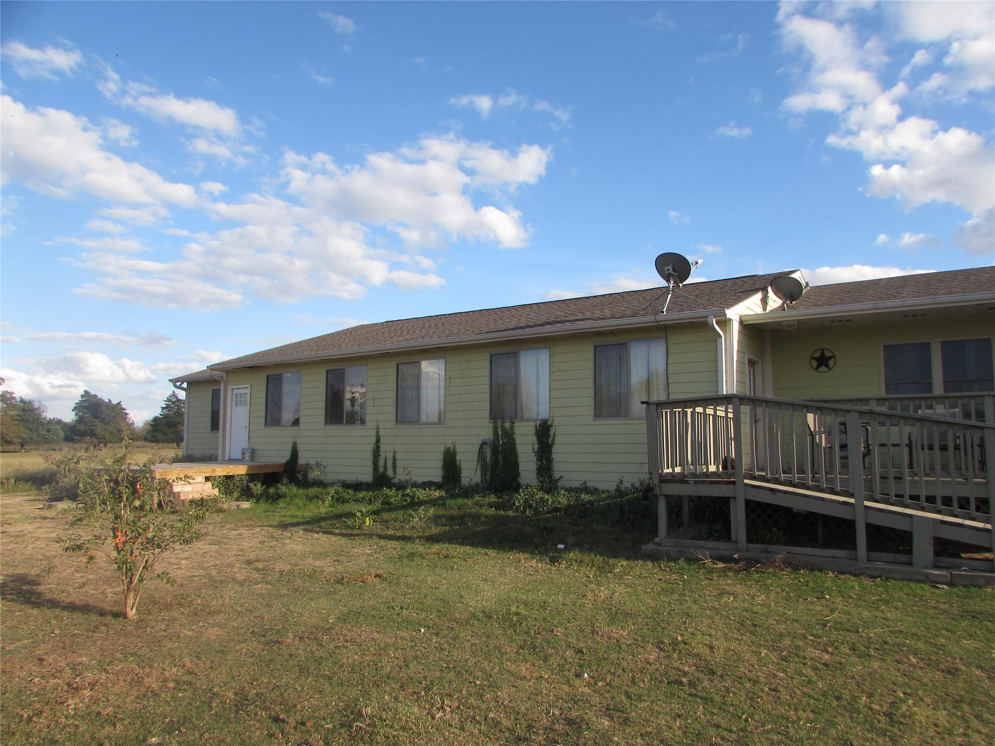 11155 Winstead Lane Property Photo - Calvert, TX real estate listing