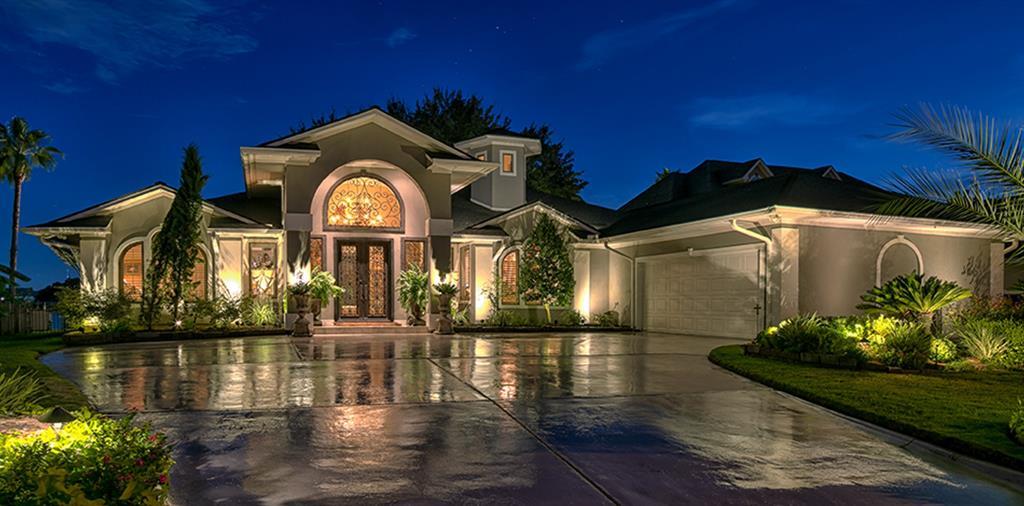 2504 Sand Shore Drive Property Photo - Conroe, TX real estate listing