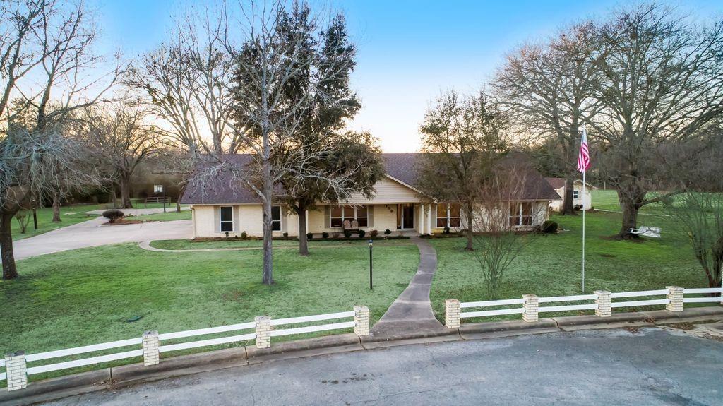 159 Shady Lane Property Photo - Fairfield, TX real estate listing