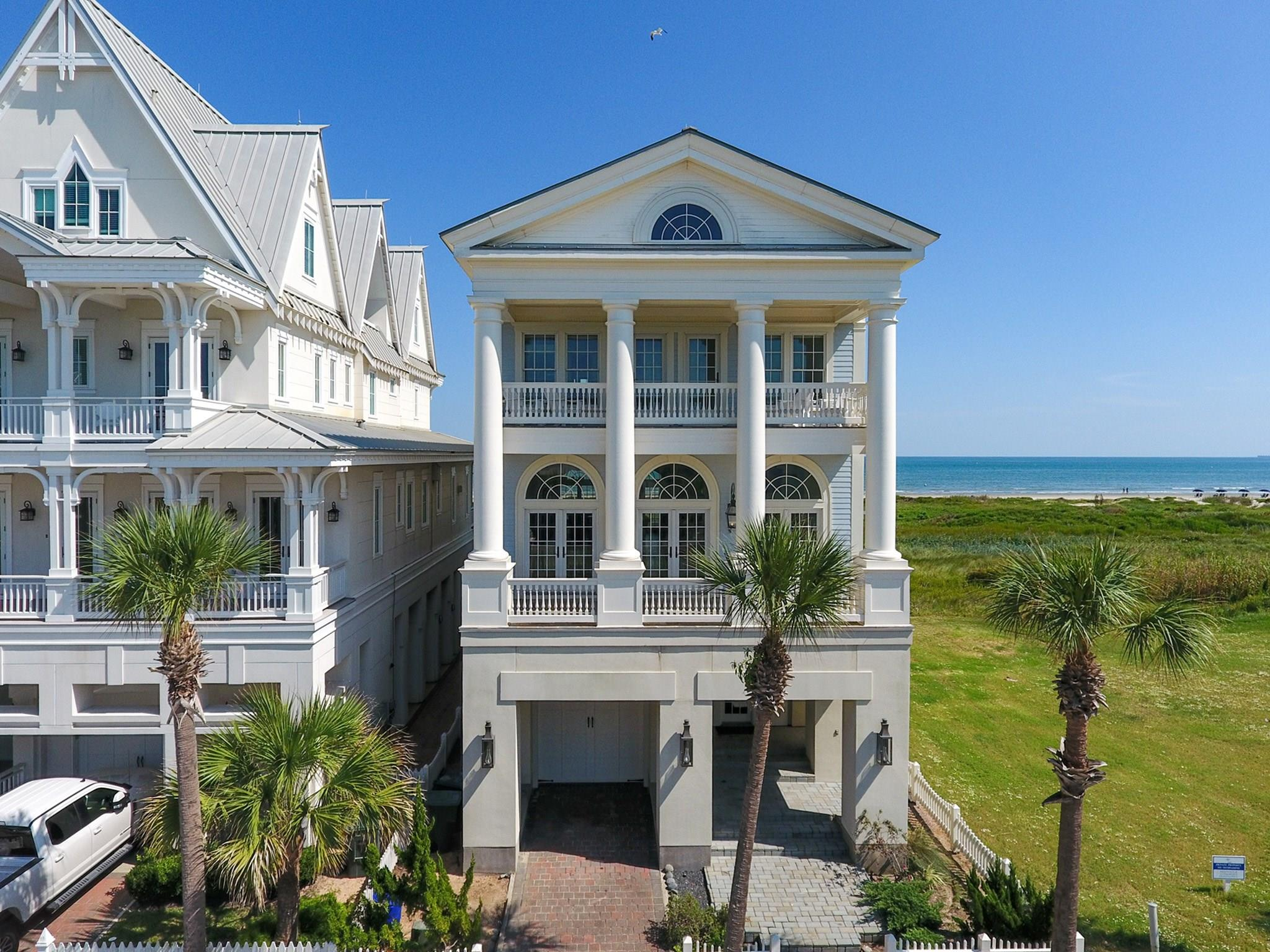 1601 Seaside Drive Property Photo - Galveston, TX real estate listing
