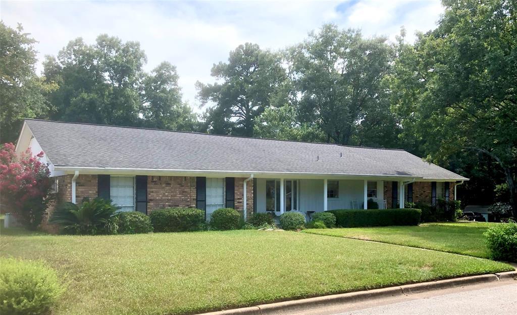 1606 Walnut Drive Property Photo - Nacogdoches, TX real estate listing