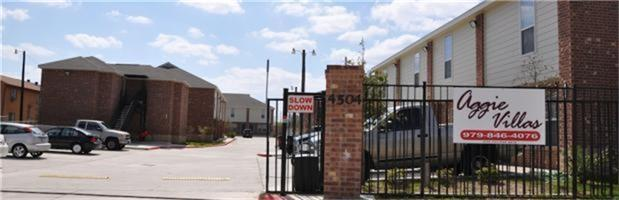 4504 College Main Street Property Photo - Bryan, TX real estate listing
