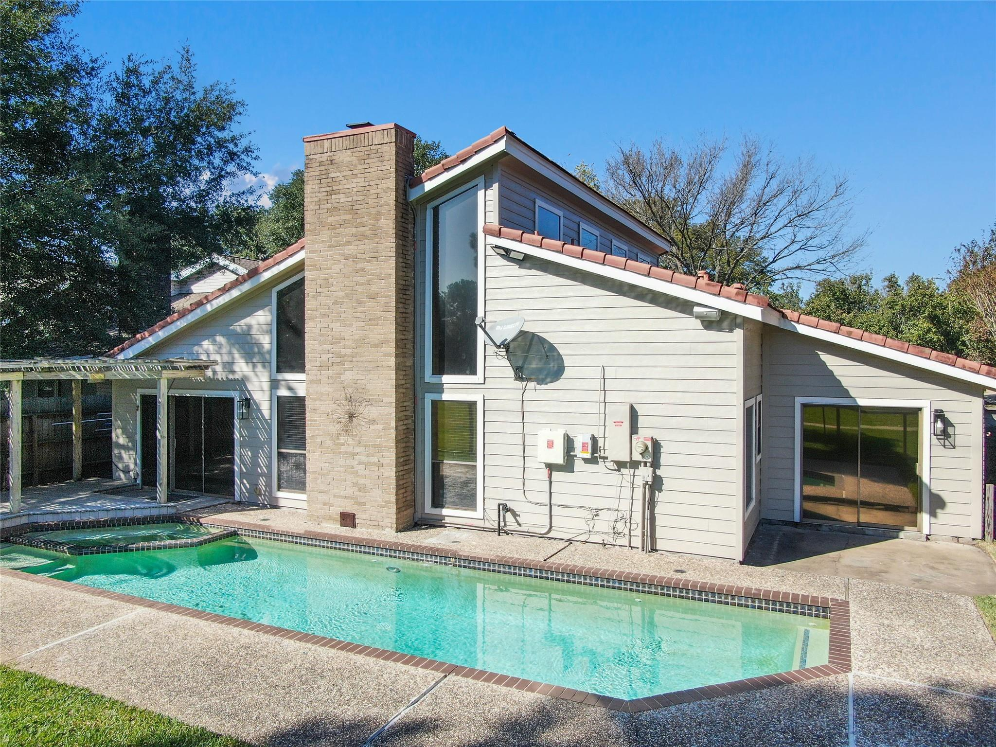 5911 Donwhite Lane Property Photo - Houston, TX real estate listing