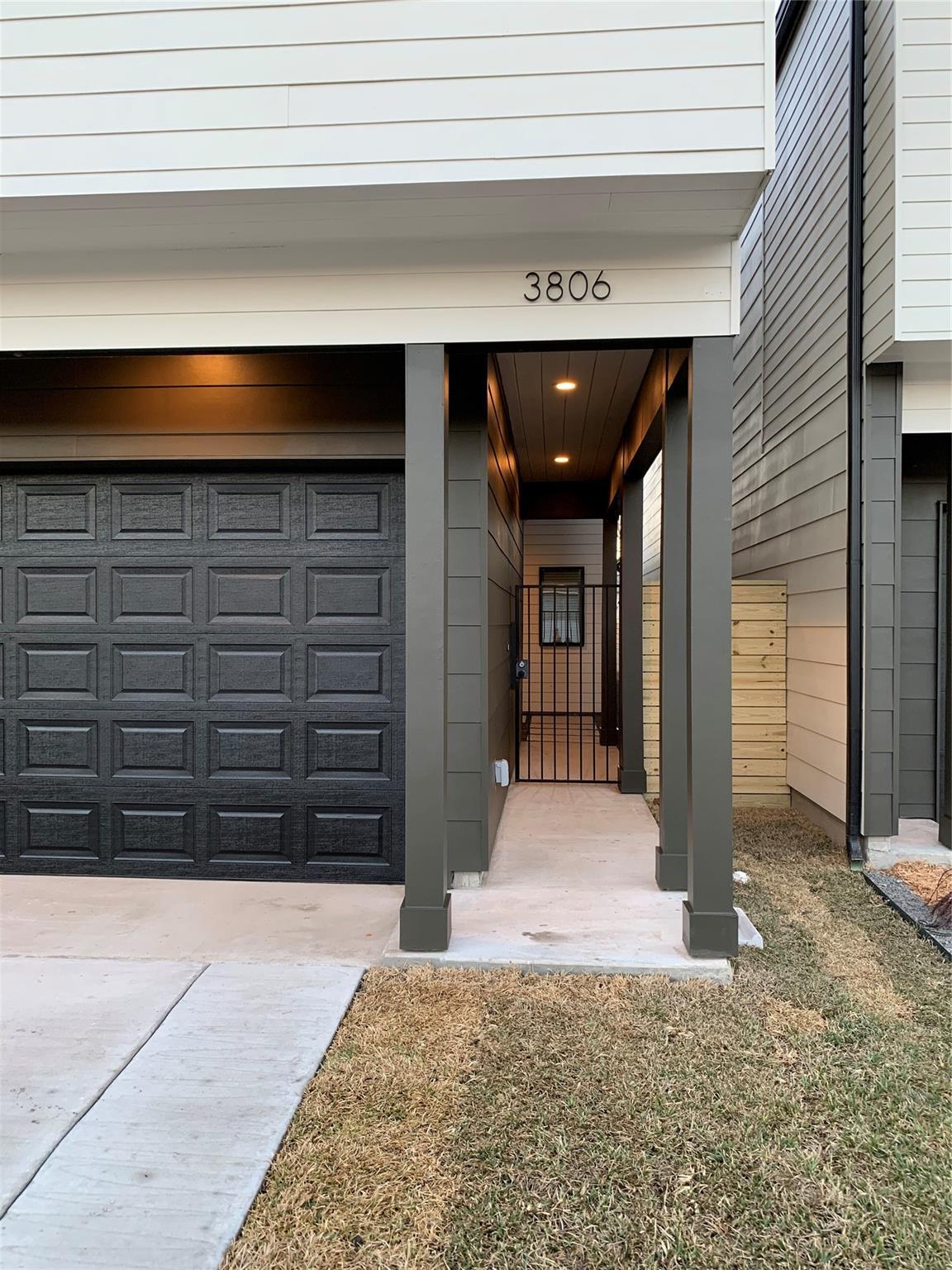 3806 Commerce Street Property Photo - Houston, TX real estate listing