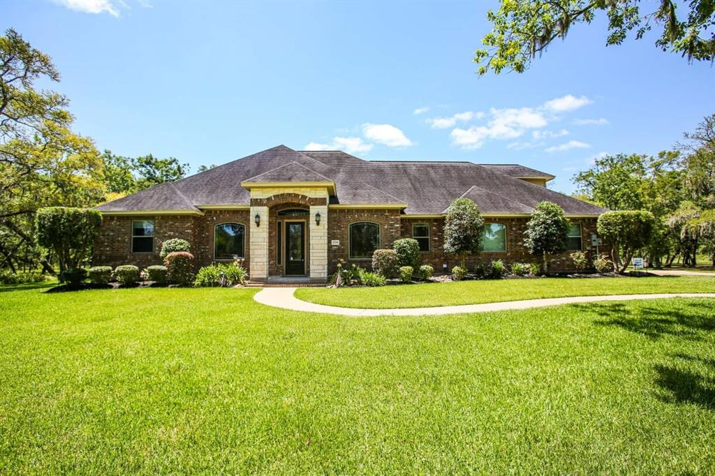 31703 Bayou Bend Property Photo - Richwood, TX real estate listing