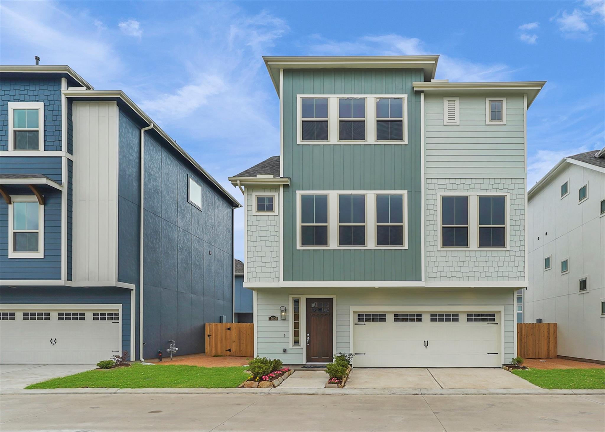 12005 Ridgewood Hill Drive Property Photo