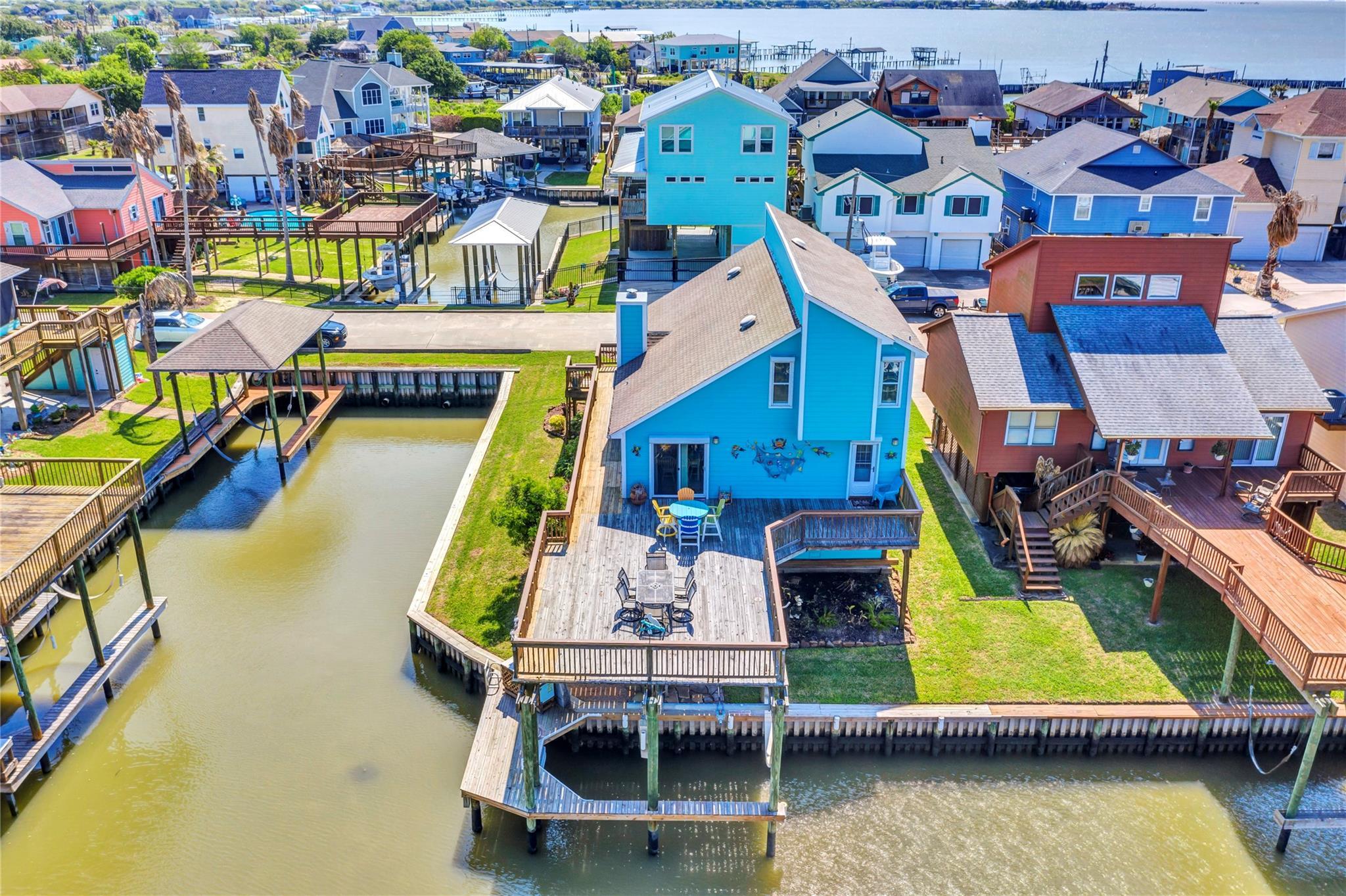 1210 Island Drive Property Photo