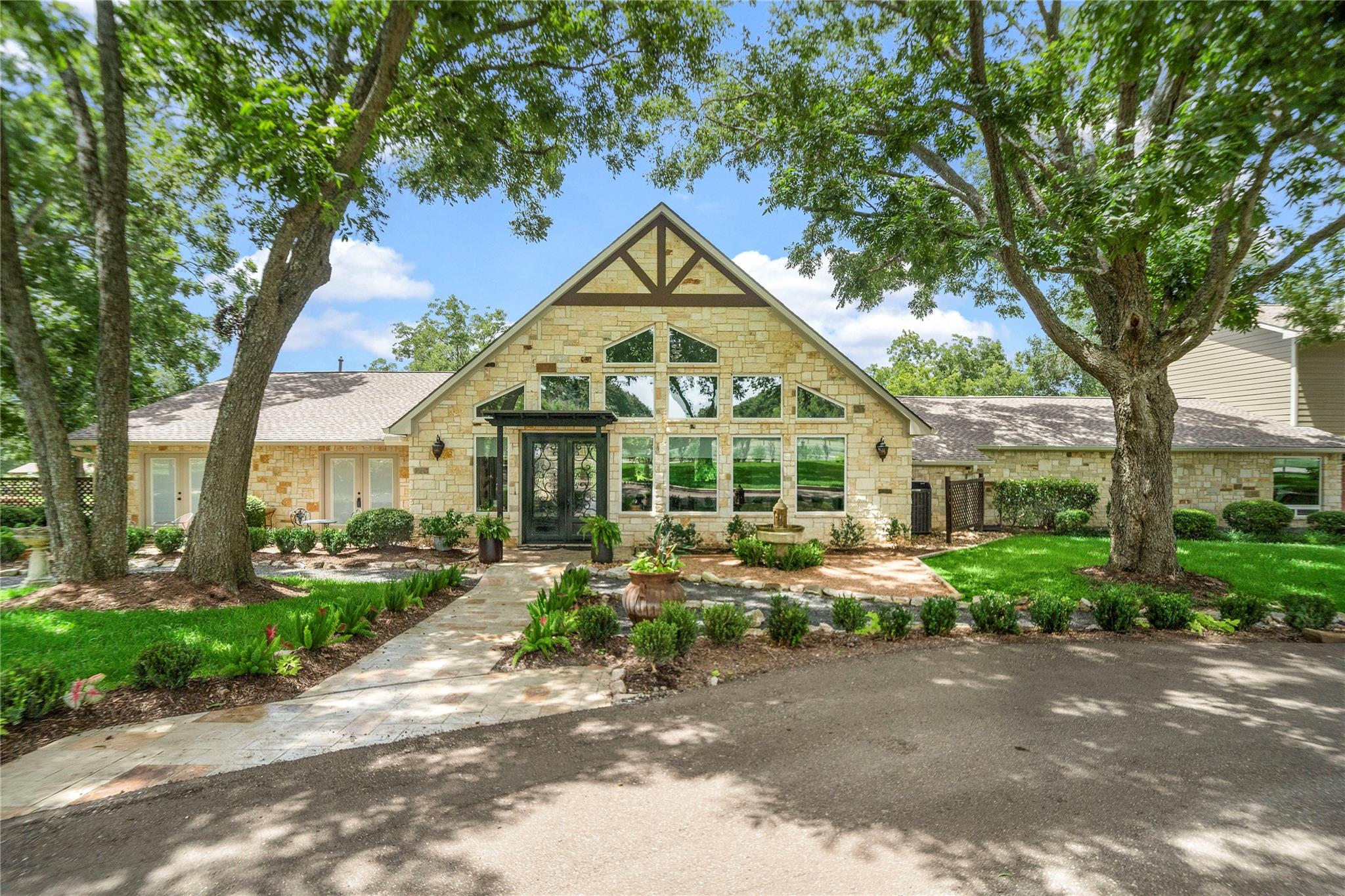 29311 Walker Lane Property Photo - Fulshear, TX real estate listing