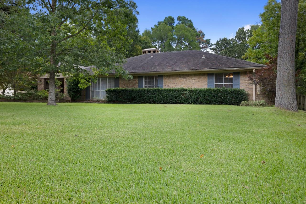 611 Pine Street Property Photo - Henderson, TX real estate listing