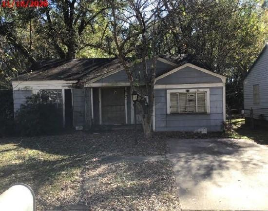 612 Arizona Avenue Property Photo - Wake Village, TX real estate listing